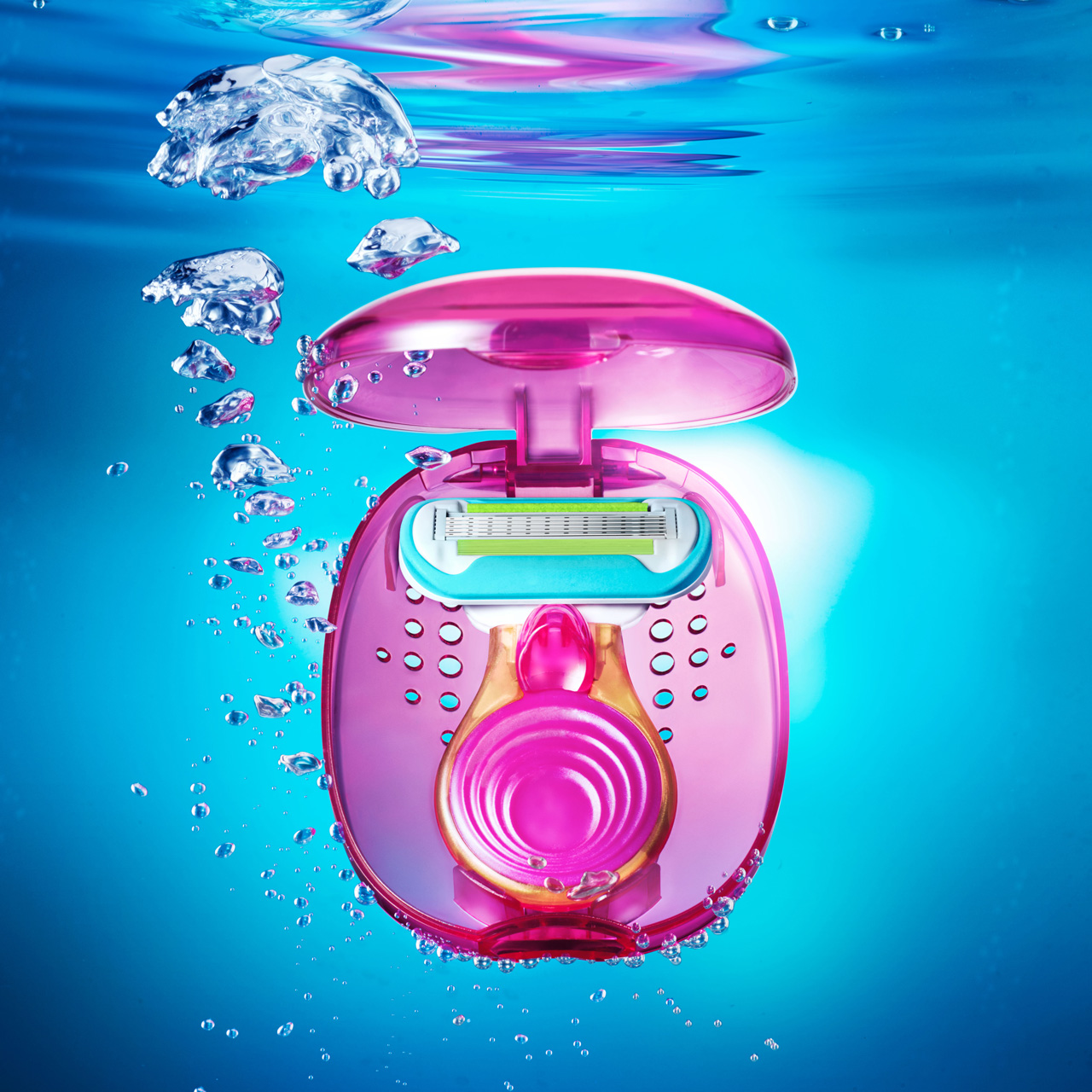 Small pink shaver under water